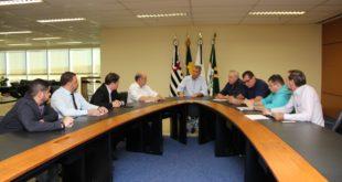 reunião equipe de governo paulínia WhatsApp Image 2018-05-28 at 17.45.16